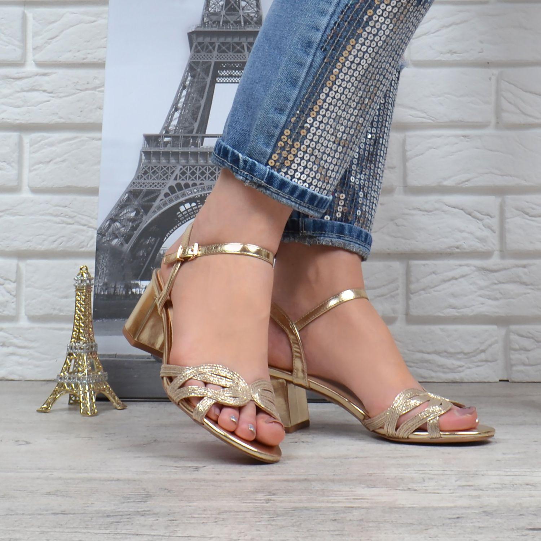 a9688feb5 ᐉ Купить Босоножки женские на широком устойчивом каблуке Cleopatra ...