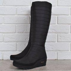 Купити. КупитиДутики жіночі високі зимові чоботи чорні Classic Chic на  танкетці фото acd393342f322