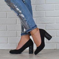 КупитиТуфлі жіночі на широкому стійкому каблуці Loretta чорні з глітером  фото b11e68f897840