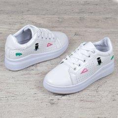 03df7e1dd1a3ec КупитиСліпони жіночі кросівки на платформі білі з патчами нашивками на  шнурівці фото, в інтернет-