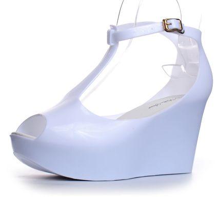 7a1afbc59 Купить Босоножки женские на танкетке белые силиконовые White Queen фото, в  интернет-магазине обуви ...